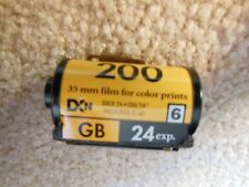 1 ROLL KODAK GOLD 35mm 200 SPEED COLOR FILM 24 EXPOSURES