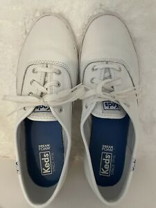 Keds-80s/90's Vintage, White, Leather, Lace Up, Comfort, Casual Shoe. Size-8