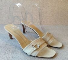 Burberry Heels Women's size 38.5 White Leather Slides Heels Made In Italy Nice!