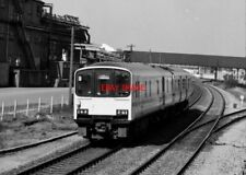 PHOTO  CLASS 150  AT COLTHROP DN FROM SIGNAL BOX