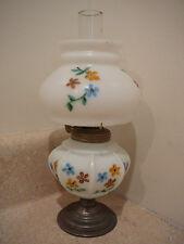 S20 SMALL ANTIQUE OIL LAMP WHITE HP SHADE FONT P&A ACORN BURNER ALL ORIGINAL