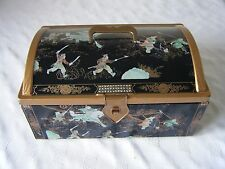 CASKET BISCUIT SWEET CAKE TIN RUSSIAN MONGOL WARRIOR DECORATION MADE IN BELGIUM
