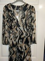 BNWT Wallis  Abstract Leopard / Animal print  2 piece Top / Tunic blouse size 16