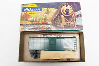HO ATHEARN KIT CANADIAN ONTARIO NORTHLAND 40' FT BOX CAR KIT 1213 CN CP GREEN
