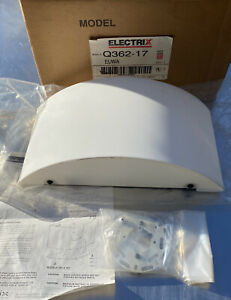 """Electrix Q362-17 EUWA W119 14.5"""" Curved White Wall Sconce New with Box Unused"""