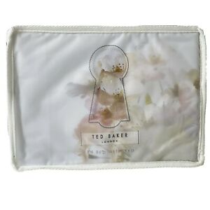 Ted Baker Floral Vanilla Pillowcase Pillowslip Vanilla Pastel Pair