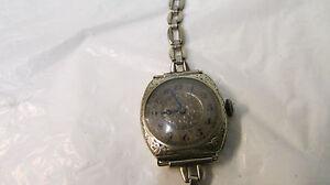 Vintage Hallmark 15 Jewels Ladies Wrist Watch ~ 18K  Filled White Gold Case