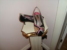 'Goldigga' ladies heeled  shoe size 6