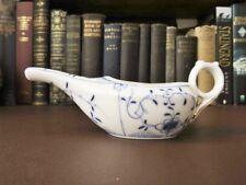 19th C Porcelain Bleu Et Blanc non valide/Infant Feeder Coupe-Oignon Bleu Design