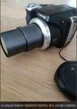 FUJIFILM FINEPIX S8000FD Digital 18X Zoom Camera