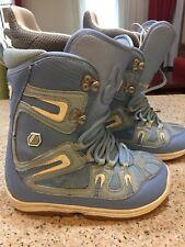 Women's Size 7 Burton Freestyle Snowboard Boots