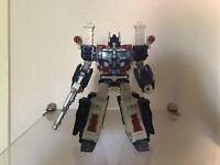 Transformers Generations War for Cybertron: Siege Leader Class Ultra Magnus