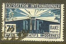 """FRANCE TIMBRE STAMP N°215 """"EXPOSITION DES ARTS DECORATIFS PARIS"""" OBLITERE TB"""