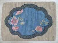 ANTIQUE HAND HOOKED FOLK ART RUNNER RUG 26X36 COUNTRY PRIMITIVE FLORAL WOOL