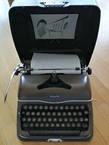 1950 - 1960 Triumph Perfekt Typewriter in beautiful working condition