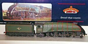 Bachmann 31957 Class A4 Pacific 4-6-2 Seagull Locomotive and Tender 60033 BNIB