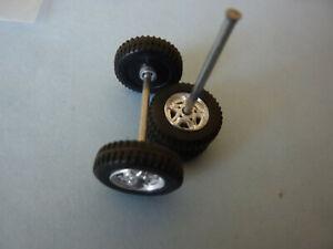 SOLIDO PIECES DETACHEES  Land Rover Defender     4 roues + axes