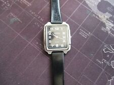 VINTAGE  LADIES ROAMER QUARTZ WATCH, RUNNING WELL,,,,,SCRATCHED CRYSTAL  U FIX