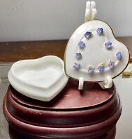 VTG Coalport England Bone China Heart Trinket Box Applied Forget Me Not Flowers