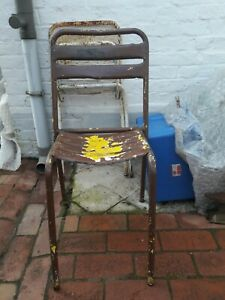 ANCIENNE CHAISE TOLIX ANNEE 50
