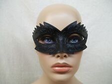 Small Gothic Black Eye Mask Jagged Raven Crow Beak Wicked Blackbird Masquerade