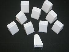 Lego 10 Briques inclinées blanches neuves / New White slopes 2x2x2 REF 3678B