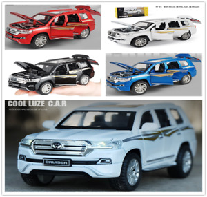 1:32 Toyota Land Cruiser 4-Wheel Drive SUV Alloy Model Car Vehicle Diecast Toy