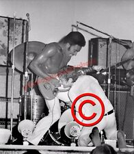 Eric Burton stage photograph with Edwin Starr 1969 collectable