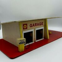 VINTAGE SHELL TOY SERVICE STATION GARAGE DRIVE IN WOOD Made In France