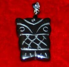 PENDENTIF CHOUETTE OU HIBOU  EN HEMATITE  2,5 cm X 1,8 cm pierre véritable