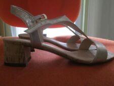 Esprit Damen-Sandalen mit mittlerem Absatz (3-5 cm) und 30-39 Größe