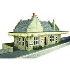 Metcalfe PO238 Stone Built Wayside Station (00 Gauge) 00 Railway Model Kit