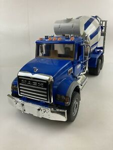 Bruder Mack Granite Cement Mixer Truck 1/16 Scale Made In Germany Blue/White
