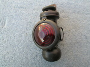 VINTAGE EARLY FORD MODEL T CARRIAGE, RAILROAD TAIL LAMP. VERY NICE.