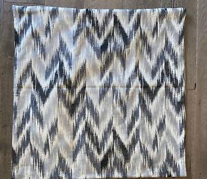 """Williams Sonoma Talla chevron Ikat Pillow Cover 22""""x22""""(black/gray/cream)"""