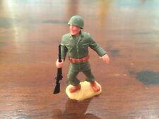 Timpo WW2 - US/ American Army - Infantryman Holding Rifle - GIs - 1970's