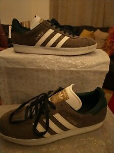 Mens adidas gazelle trainers size 10 - great condition