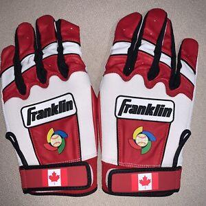 AUTHENTIC 2017 World Baseball Classic (WBC) Team Canada Batting Gloves.