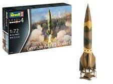 Revell German A-4/V-2 Rocket and launch pad 1:72 scale #3309