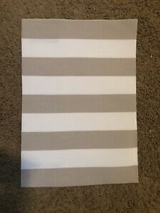 5 Matching Pier1 Placemats -NEW- 13X19 White/Beige  Coated Polyester Easy Clean