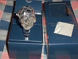Towle Full Lead Crystal Turtle Bottle Stopper w/ Box  Box has Wear