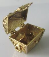 9ct Gold Charm - Vintage 9ct Yellow Gold Treasure Chest Charm (8.8g)