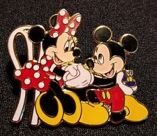 RARE 2000 DISNEY WDW MICKEY PROPOSES TO MINNIE ENGAGEMENT RING WEDDING PIN