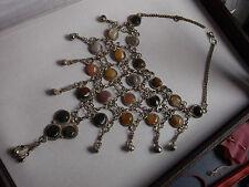Voluminöses,antikes Silbercollier mit vielen Edelsteinen aus den 60er Jahren