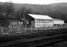 PHOTO  GWR GOODS SHED AT MOUNTAIN ASH IN 1973