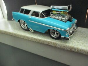 1/18 Muscle Machines, 1955 Chevy Nomad, Cool Car! LOOK!