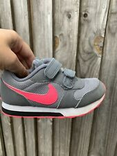 Bebé Niñas/Niños Nike Zapatillas Tamaño Infantil Reino Unido 8.5 EUR 26 en Gris/Rosa