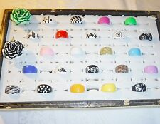 COOL WHOLESALE VINTAGE COLLECTION 25 LUCITE RINGS FUNKY GROUP E MIXED SIZES