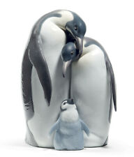NEW LLADRO PENGUIN FAMILY FIGURINE #8696 BRAND NEW IN BOX LOVE CHERISH CUTE F/SH