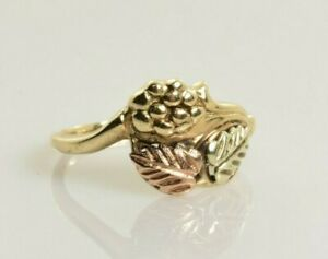 Black Hills Gold Ring 10k Yellow White and Rose Gold Size 5.5